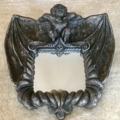Gargoyle-Spiegel